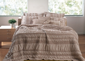 Tiana Taupe Quilt Stylish Five-Piece Enticing Queen Set Brand Greenland