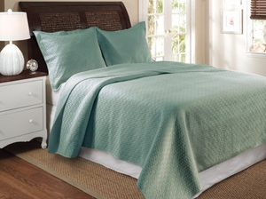 Vashon Blue Quilt Queen 3 Pcs Bedspread Set 90X90 Brand Greenland Home fashions