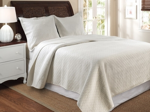 Vashon Ivory Quilt Queen 3 Pcs Bedspread Set 90X90 Brand Greenland Home fashions
