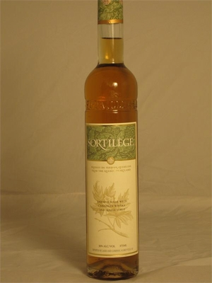 Sortilege (Canadian Whisky And Maple Syrup Liquer) 60 pf 375 ml.