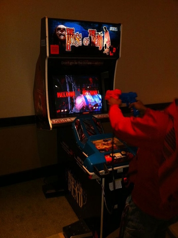 Wizard World Arcade A Place For Chicago Comic Con Fans To Relax, Unwind, Test Gaming Skills