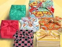 New! Sunny Seven Set, Medium