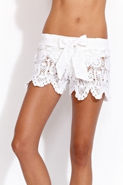 Letarte Crochet shorts in white
