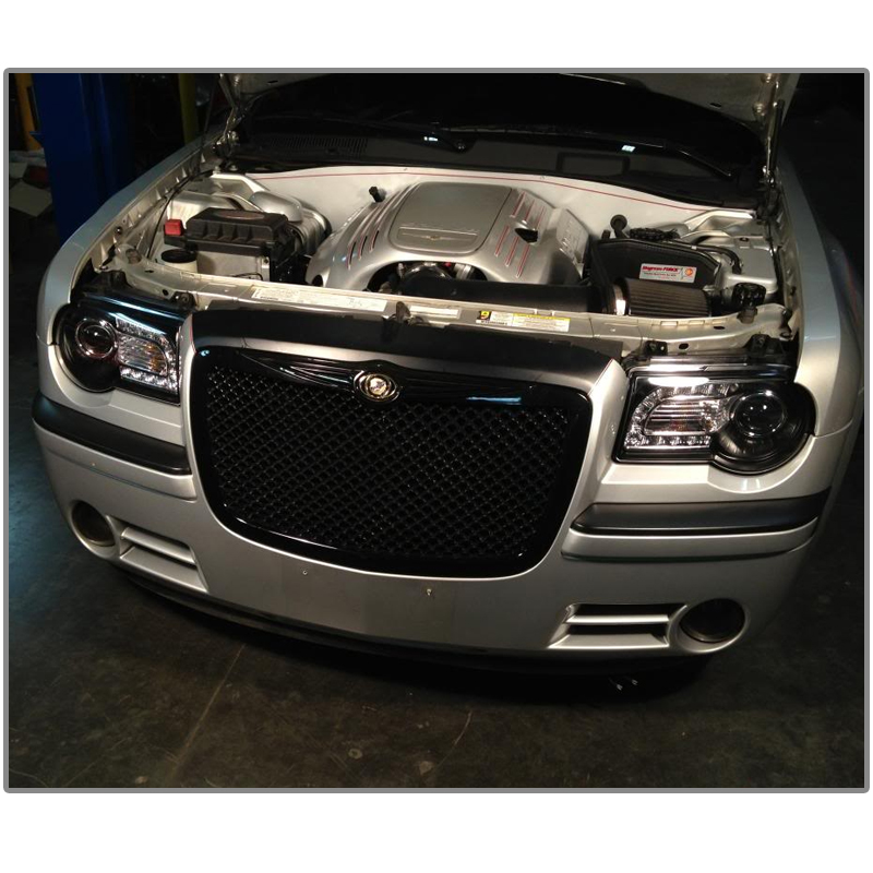 HID Xenon + 05-10 Chrysler 300C LED DRL Strip Projector