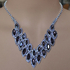 EXCITE PURPLE RHINESTONE JEWELRY SET