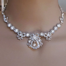 EXCLUSIVE RHINESTONE JEWELRY SET