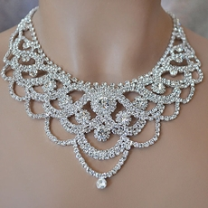 EXTRAVAGANZA RHINESTONE NECKLACE SET