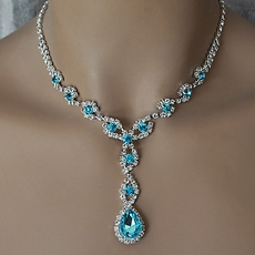 STYLE AQUA AND CLEAR RHINESTONE JEWELRY SET - SOLD OUT