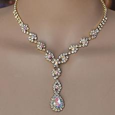STYLE GOLD RHINESTONE JEWELRY SET