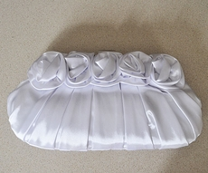 WHITE ROSE BRIDAL PURSE
