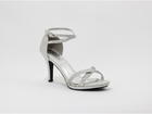 Lourdes shoe  by Coloriffics  3 1/2� heel in silver 5 1/2 -11