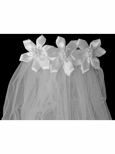 18'' White Veil w/ Satin Flowers Comb