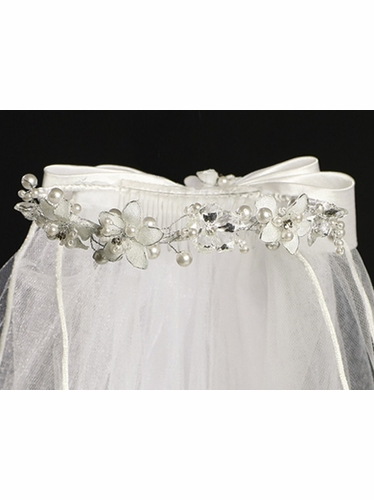 24in Communion Veil w/ Silver Trimmed Flowers & Pearl Rhinestone Accents