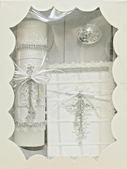 Girl�s Communion Candle Set w/ Cross & Crystal Angel- English