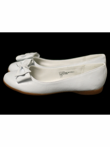 Kids White Flats w/ Bow