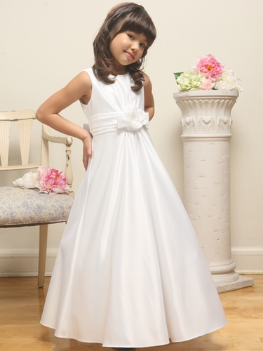 White Satin A-line Sleeveless Dress