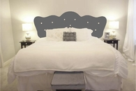 Button Headboard | Wall Decal