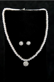 Pearl/Austrian Crystal Necklace Set