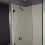 "Glass tub door, model 7008SHR: Frameless|70"" high