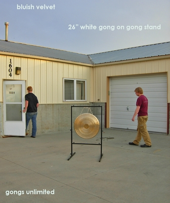 "26"" White Gong on Rambo Rimbaud Gong Stand - FREE SHIPPING"