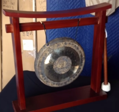 """Imperfect 7"""" Chau Gong on the Pretty Chill Gong Stand - HB1 - FREE SHIP"""