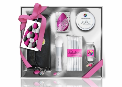 Beautyblender - Limited Edition Holiday Brush Set & More
