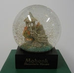 Summerhouse Snowglobe