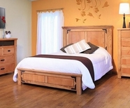 Artisan Home Furniture LHR100HDBD-PLTFRM-EK Lodge King Bed