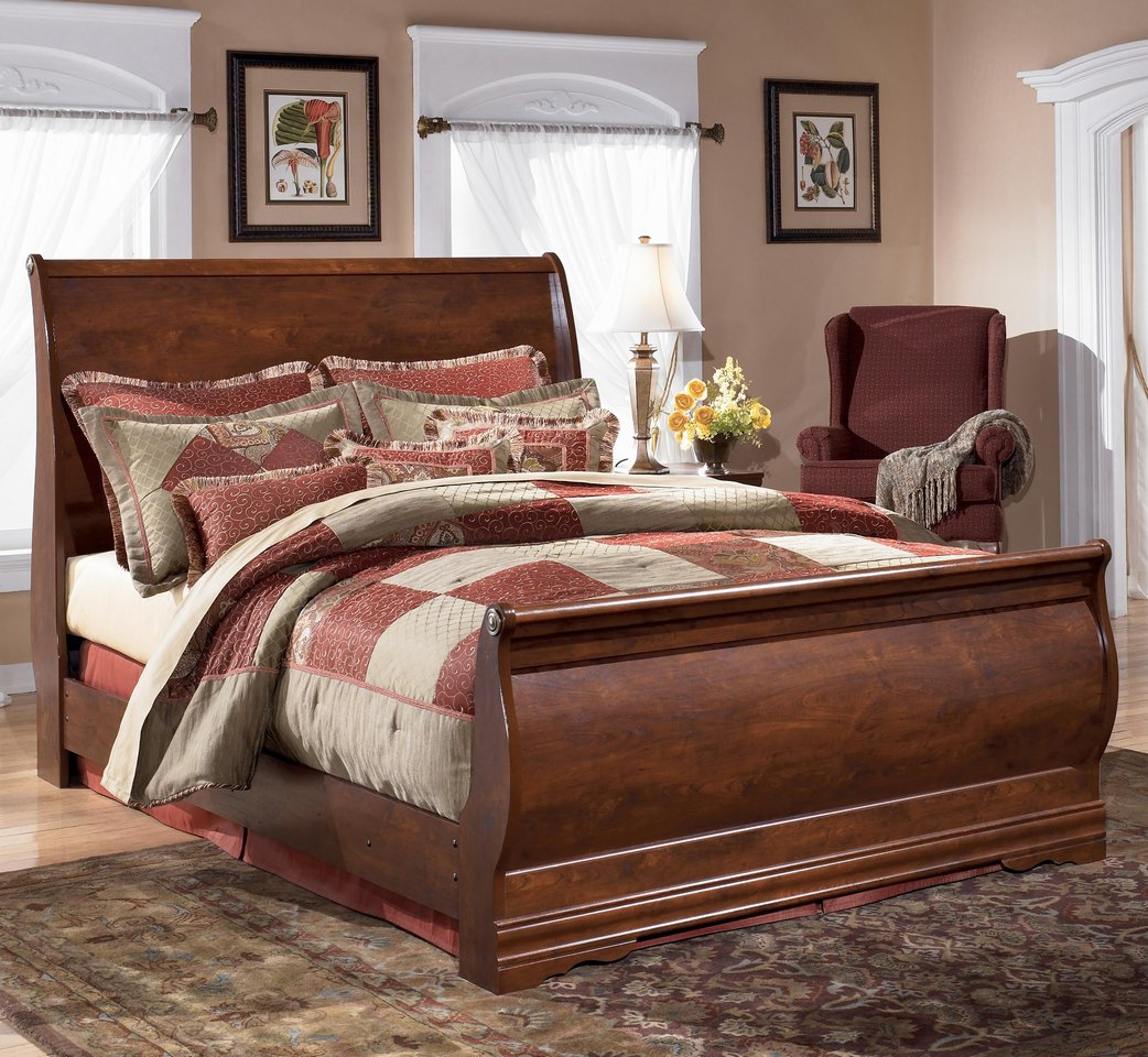 Queen Sleigh Bed : ASHLEY B178-74/77/96 Queen sleigh bed By The Chicago Furniture Store.