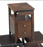 Catnapper 882-157 Oak chair side table