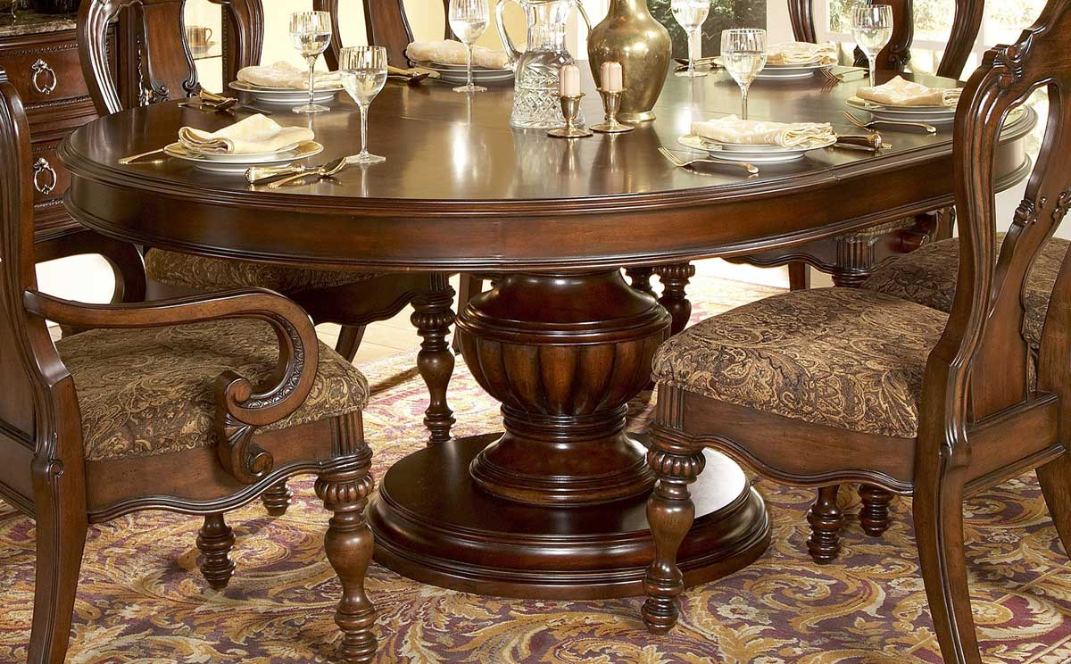 Round Dining Table. . Gorgeous Dining Room Design With Baker ...