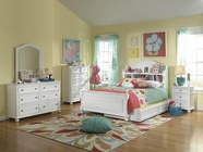 Legacy Classic 2830-4103K-1100-0100 Madison Complete Bedroom Set