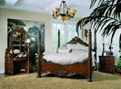 Pulaski 242150-51-52-00-10 Edwardian Dresser / Mirror / Queen Bed