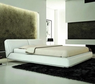 VIG Furniture VGEVBU501W U501W - Modern Eco-Leather Bed