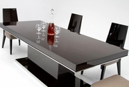 VIG Furniture VGHB131T Noble - Modern Lacquer Dining Table