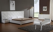 VIG Furniture VGKCMELODY-WHT Melody - White Modern Leather Platform Bed with Two Nightstands