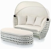 VIG Furniture VGSNARUBA Aruba - Modern White Wicker Round Bed