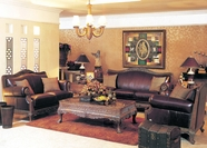 Yuan Tai - Naomi NA1096S-NA1096L 2 Piece Leather Living Room Set