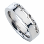 Benivie 5mm Polished Titanium Diamonds Ring