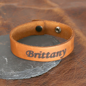 Script Customized Name Leather Bracelet