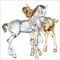 (SOLD OUT) Swarovski  Foals Playing