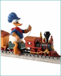 "(SOLD OUT) WDCC NEW 2012 Donald Duck ""Backyard Whistle Stop"""