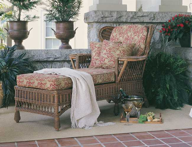 Concord Wingback Chaise