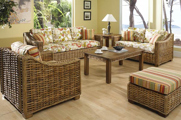 Freeport Rattan Furniture Set