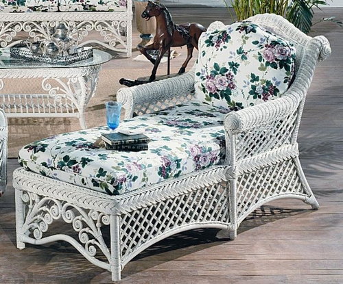 Gazebo Wicker Chaise