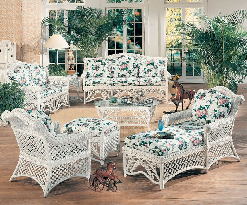 Gazebo Wicker Furniture Set