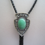 Silver Plated Indian Arrow Nature Green Aventurine Stone Bolo Tie
