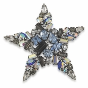 CAROLEE Stars In His Eyes Pin
