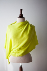 NEW Faro Cashmere Poncho in Limon