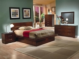 Jessica Light Cappuccino Wood Queen Bed Set